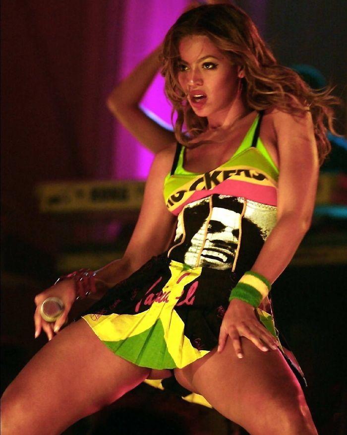 upskirt Beyonce celebrity pic