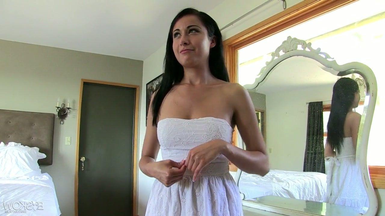Angie everhart sex scenes movie