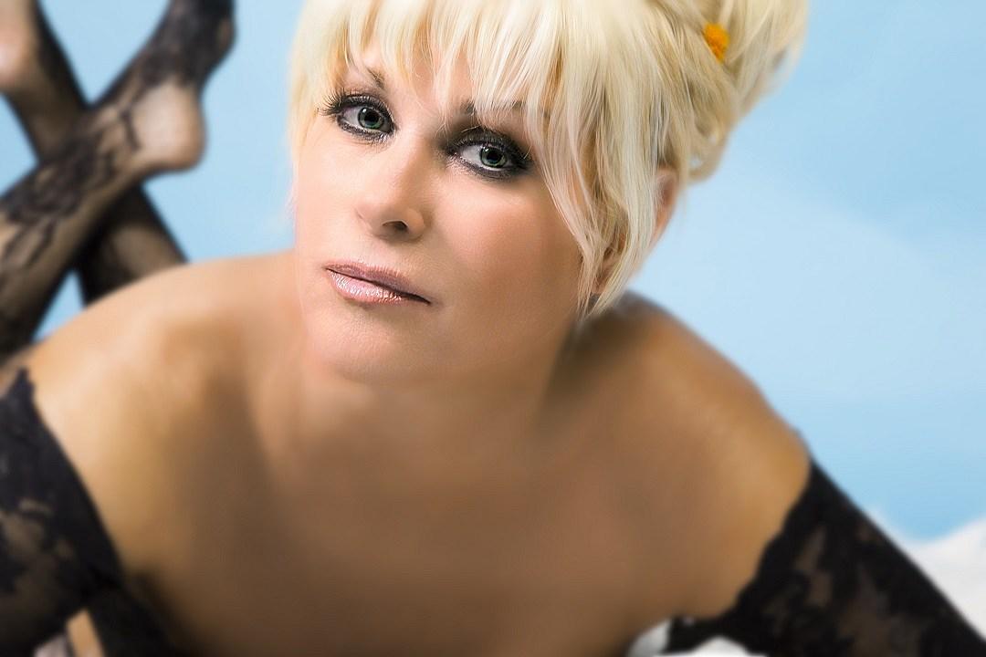 Lorrie morgan nude dolly parton
