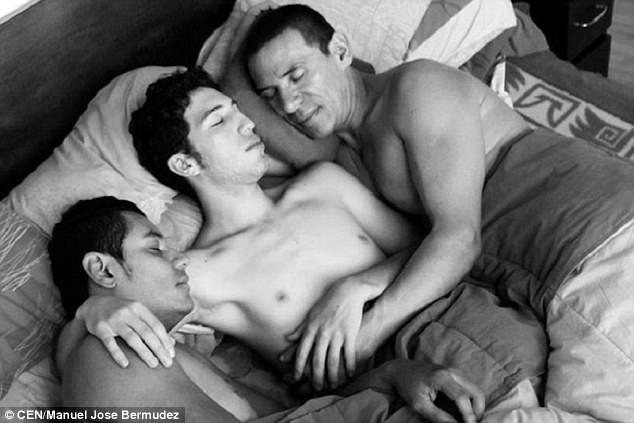 Married men nude selfie