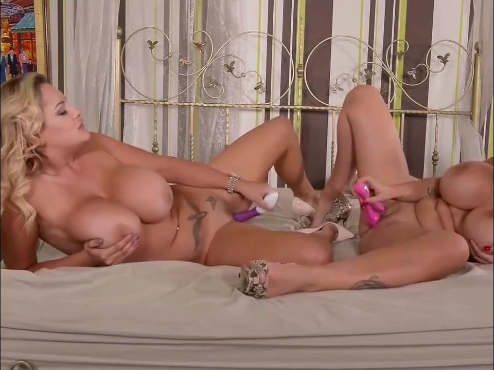 Real dyke lesbians threesome
