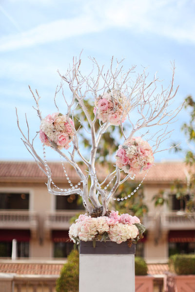 Manzanita wedding tree centerpiece
