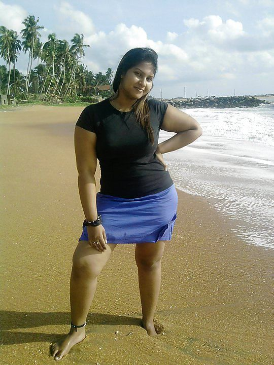 Hot nude lankan girls thigh