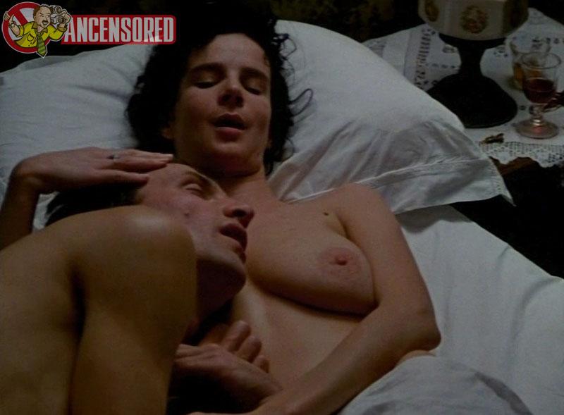 Rachel griffiths nude scenes