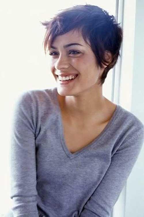 Adorable shorthaired brunette