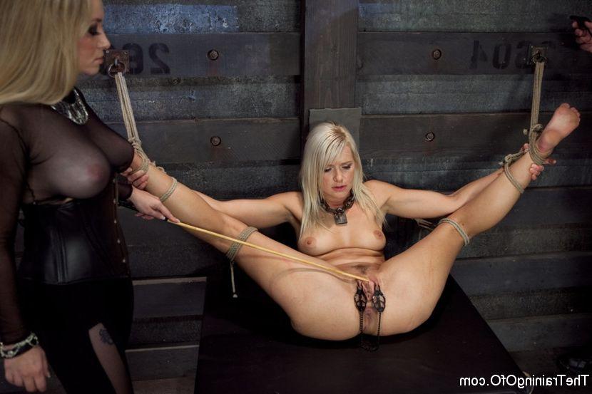 Cheerleader anal dildo