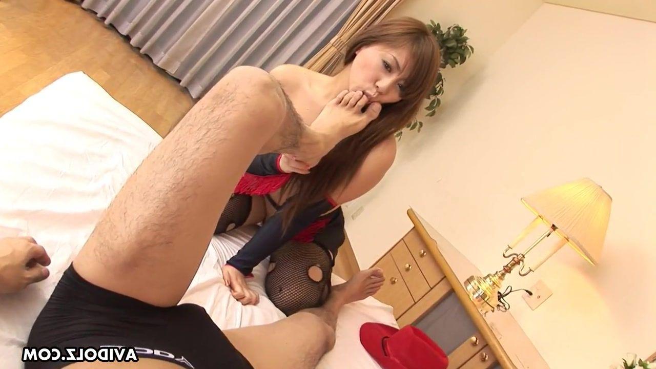Crossdresser stockings threesome