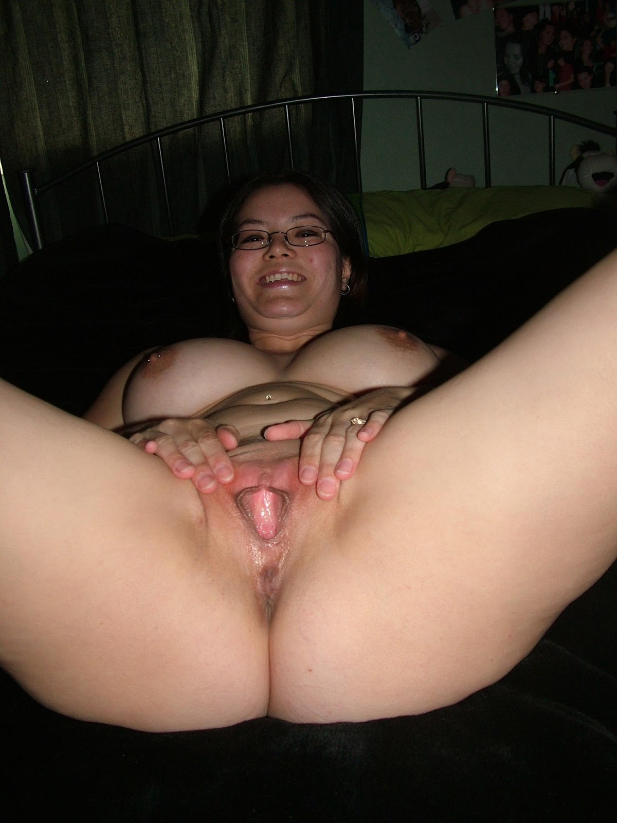 mexican-naked-mom