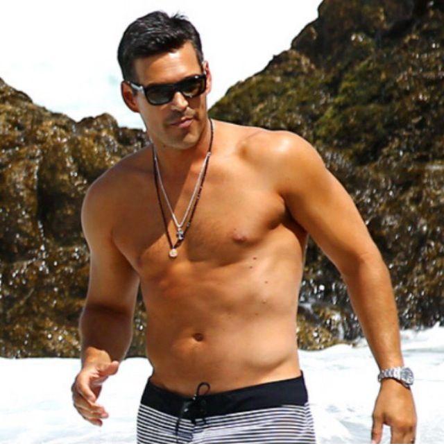 shirtless Tobias mehler