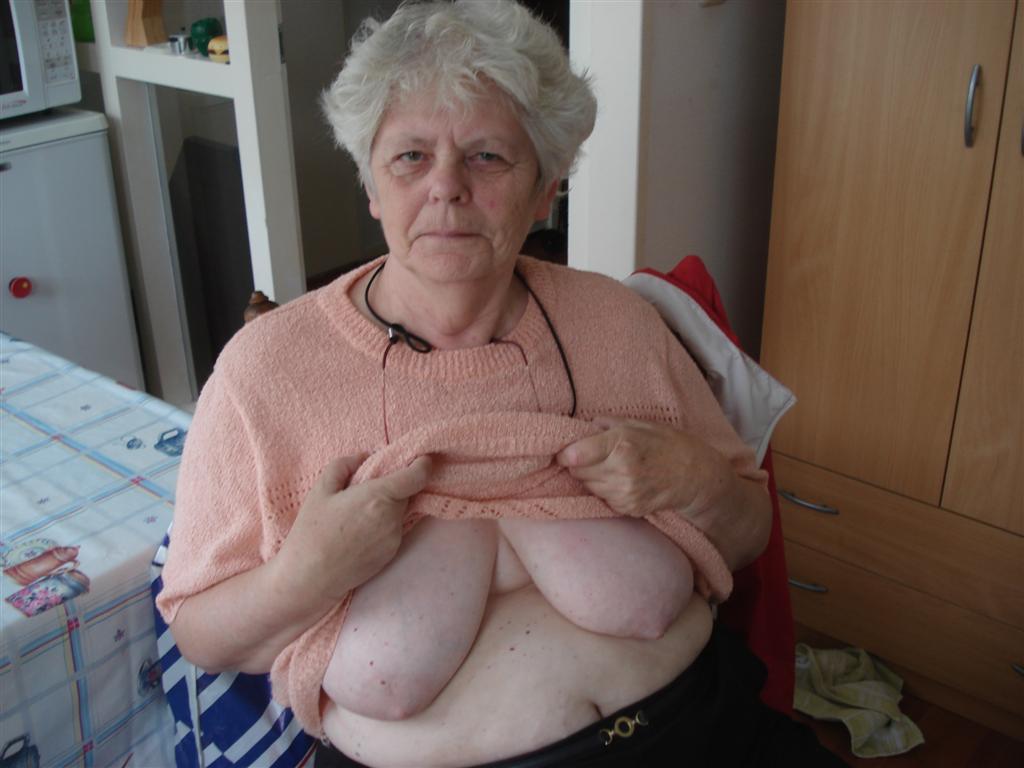 Omageil very old grannies