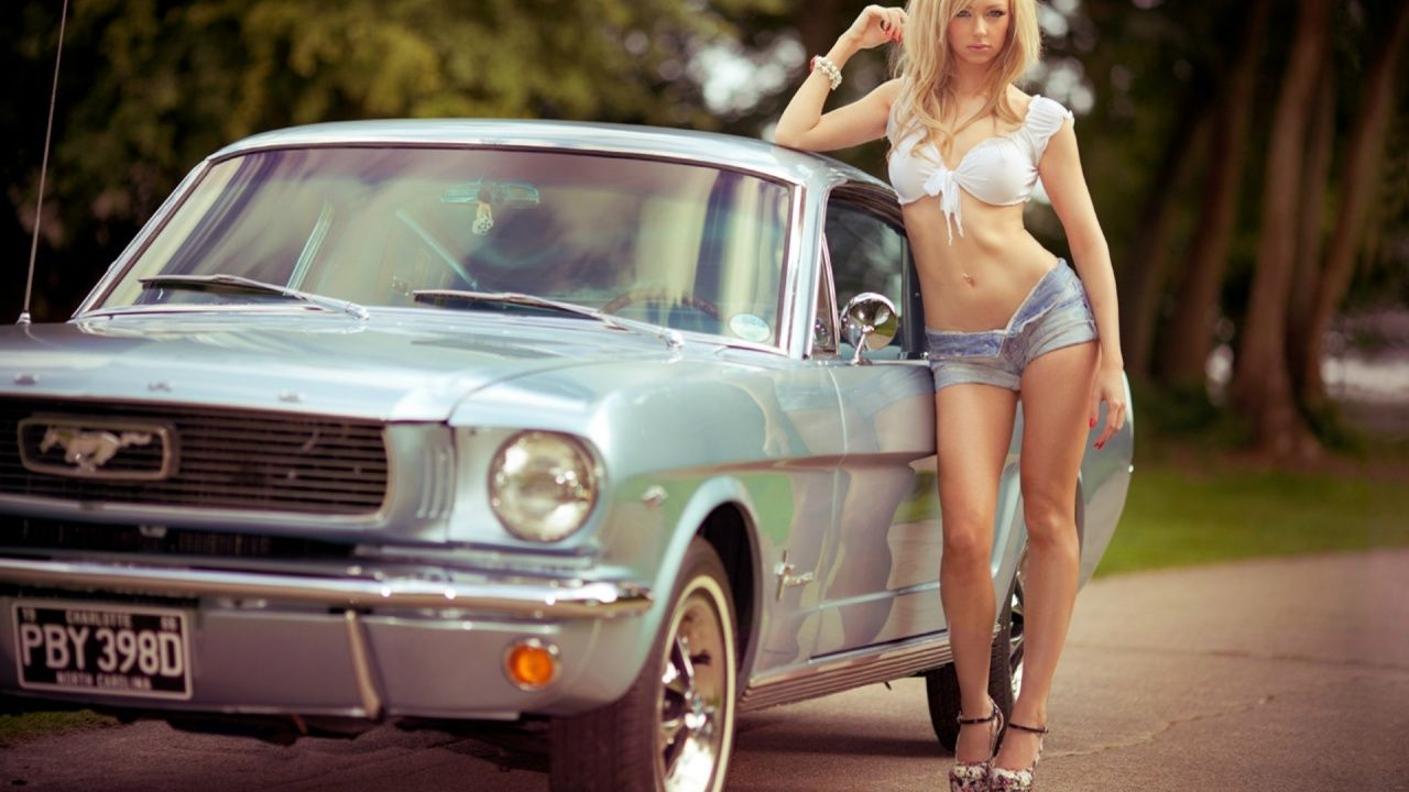 Classic mustang cars and nude girls