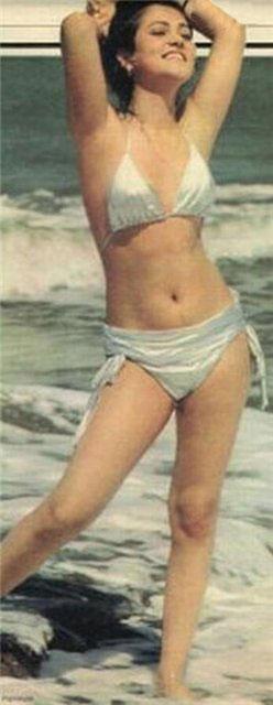 Actress mandakini nude