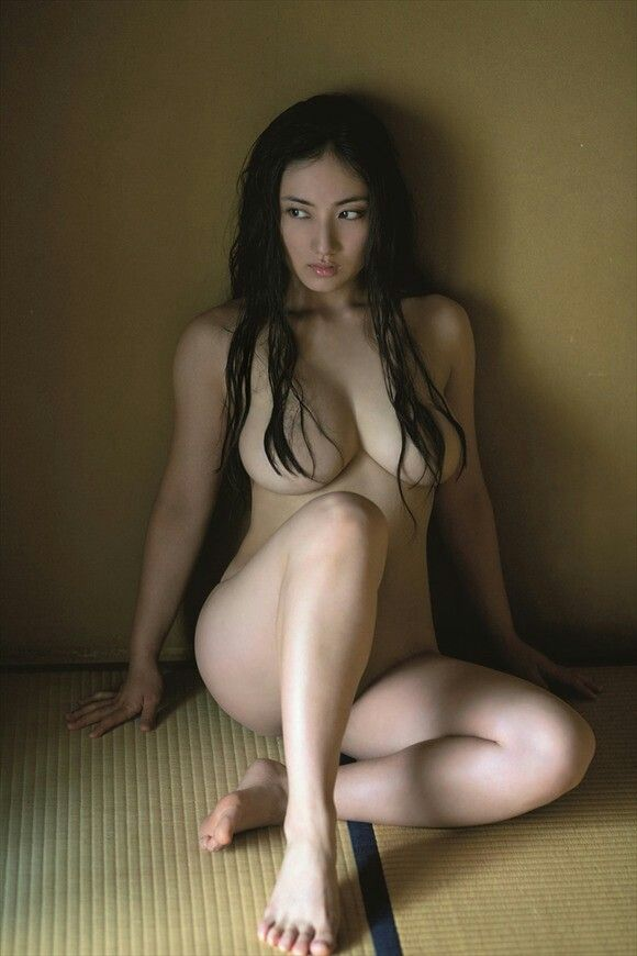 Naked asian women japanese girls kissing