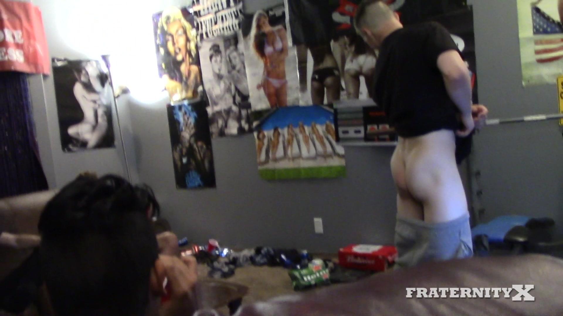 Amature milf naked swimming pool