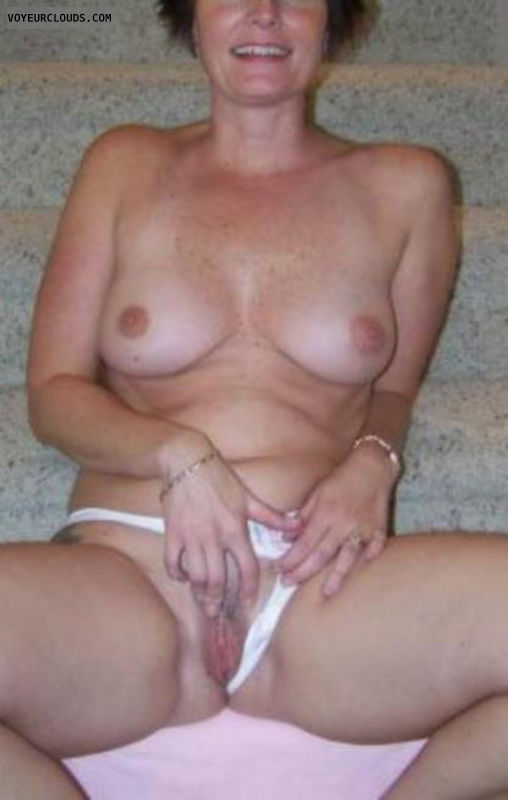 pussy Amateur wife licking