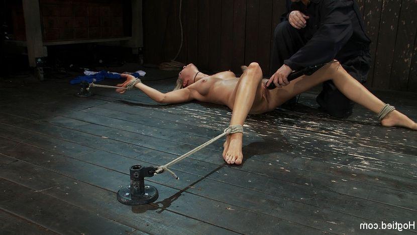 Hidden japanese massage voyeur