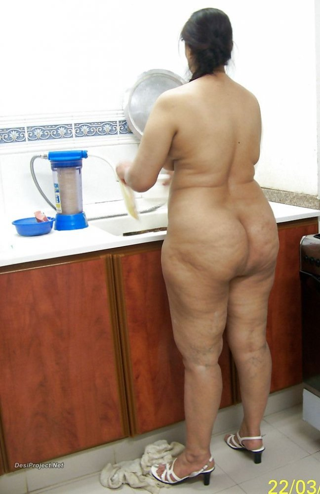 Nude indian aunty ass