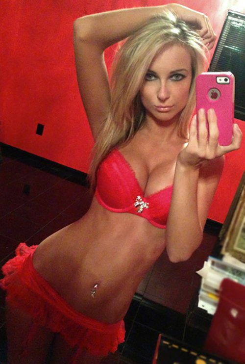 Hot college blonde girls naked