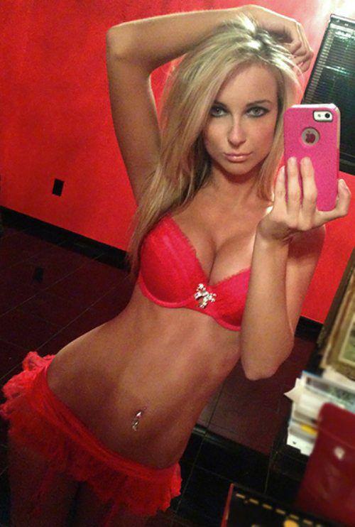 Hot college blonde girls naked