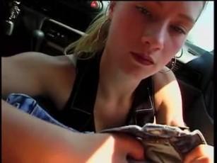 Girl blowjob in car