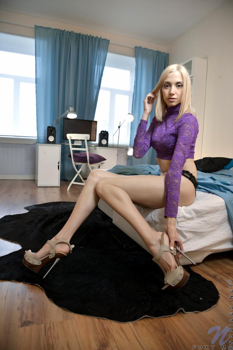 Long skinny legs girls nude