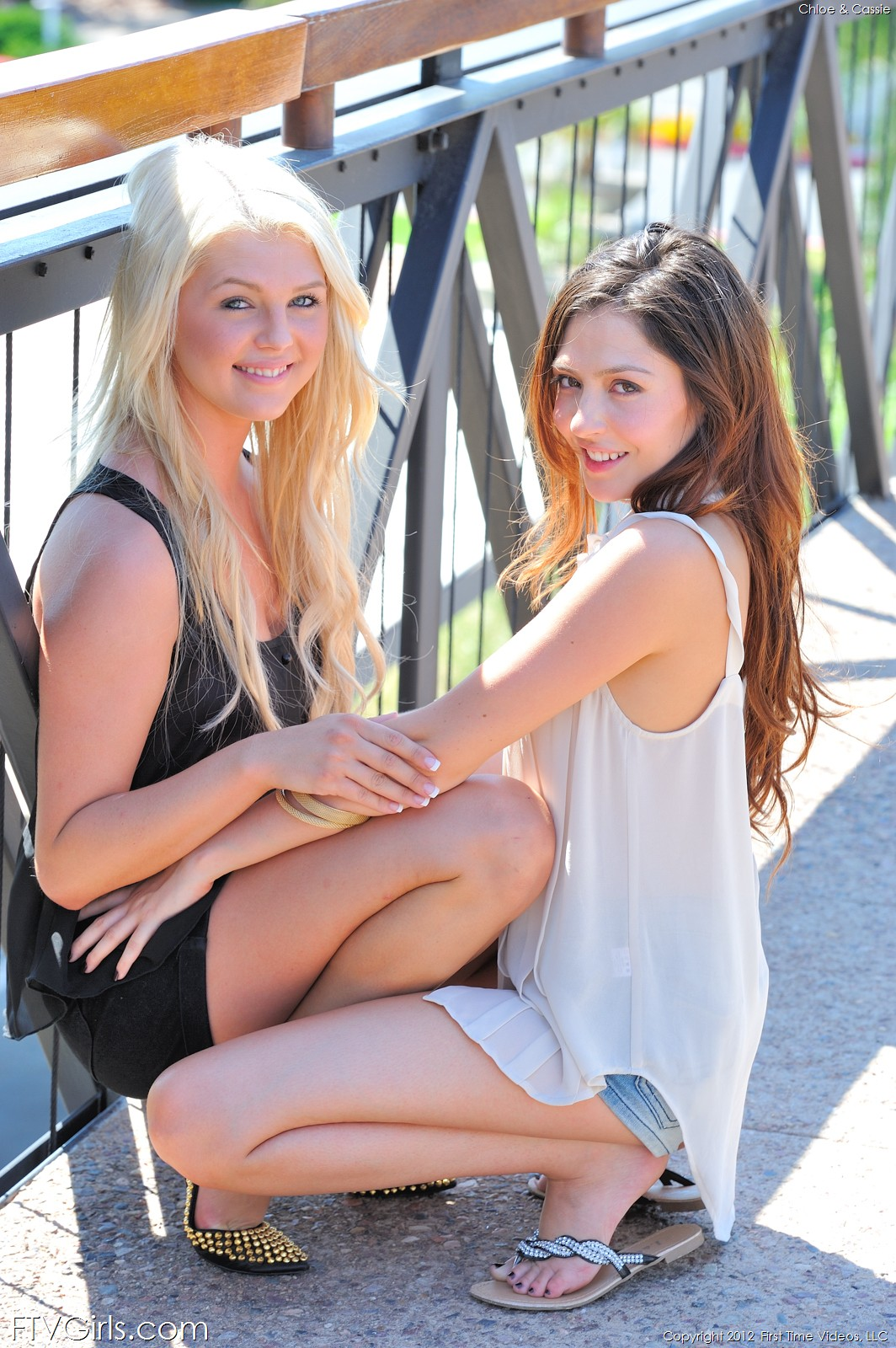 Cassie laine and chloe lynn lesbian