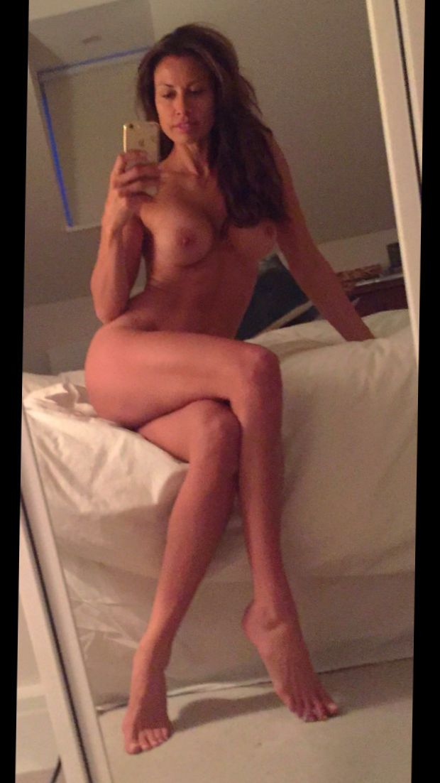 Melanie sykes naked