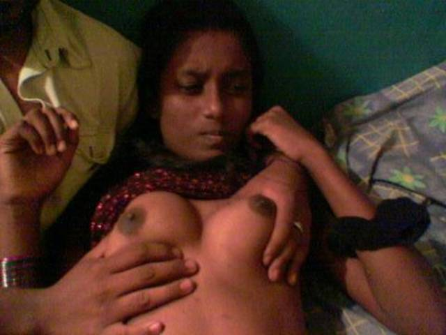 nude Maldives girls