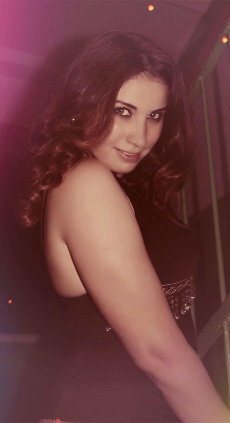 Thick curvy arab women
