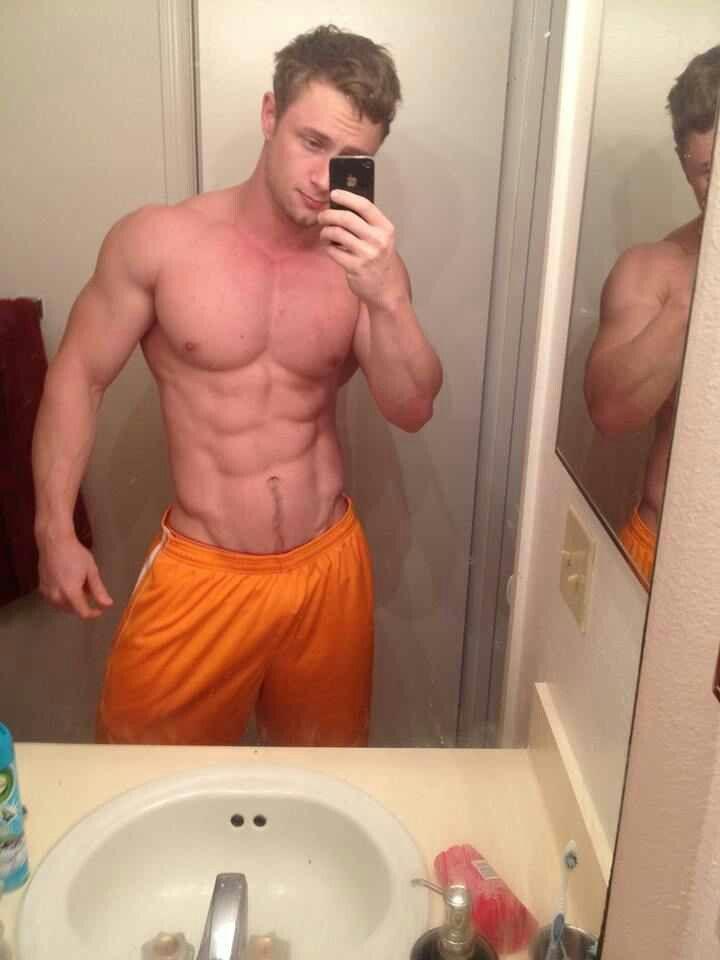 guy fail Sexy selfie