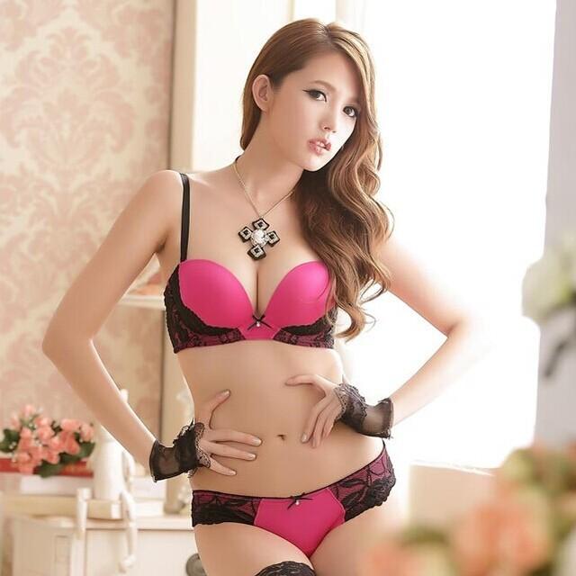 Sexy pretty japanese girls