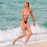 Paparazzi nude celebrities