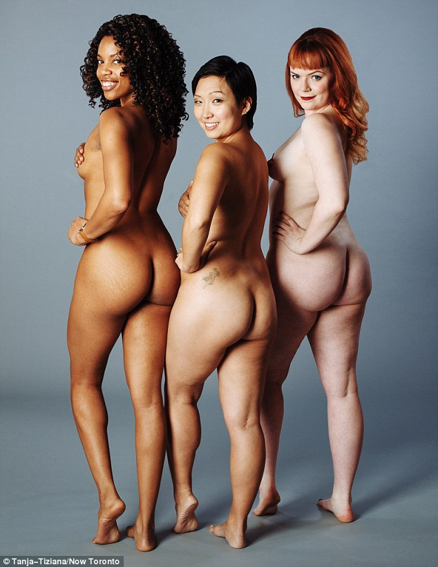 Naked pregnant women group