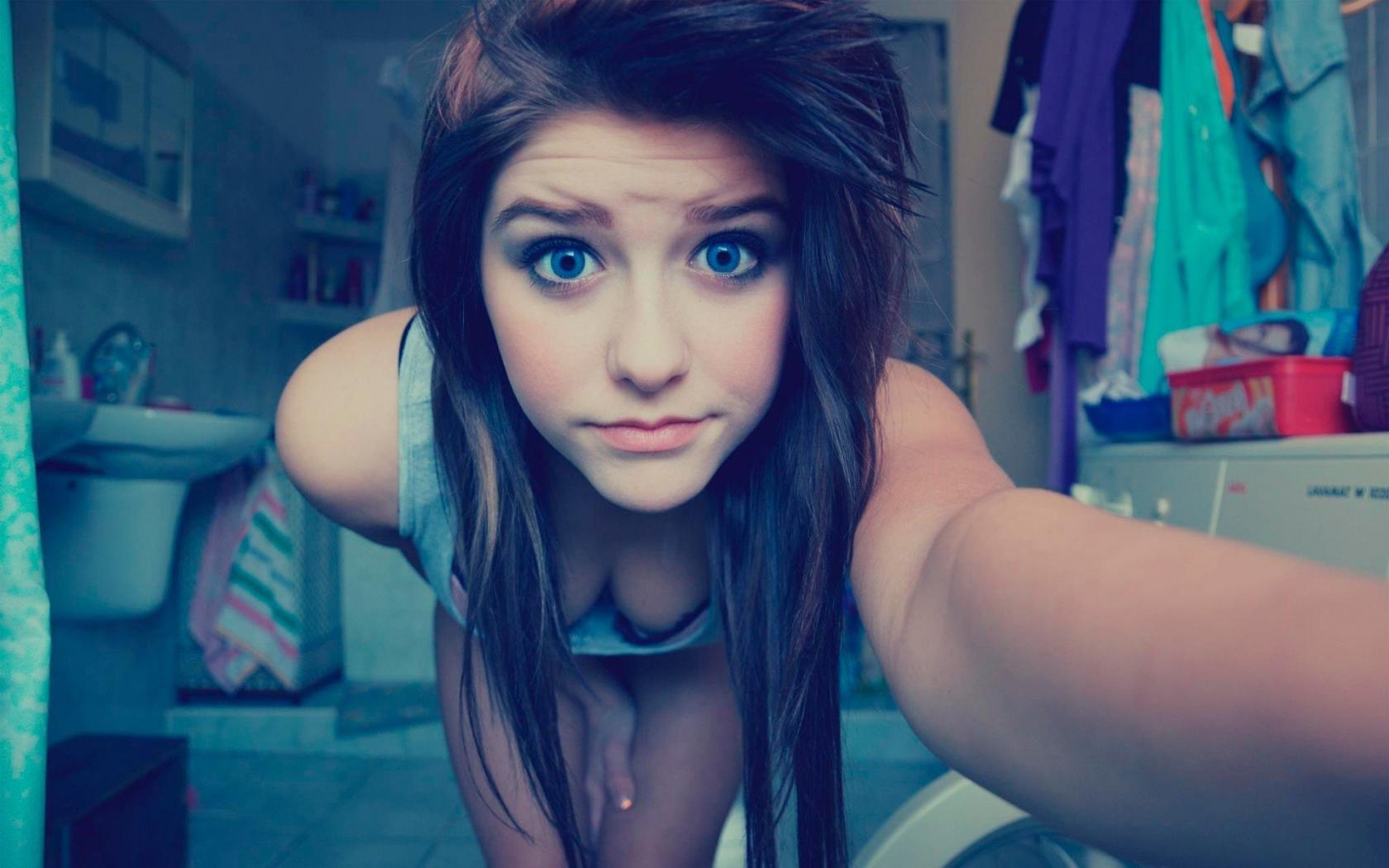 Cute teen girls