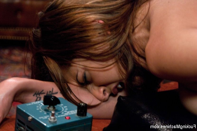 justine mature naked blonde hot Bed