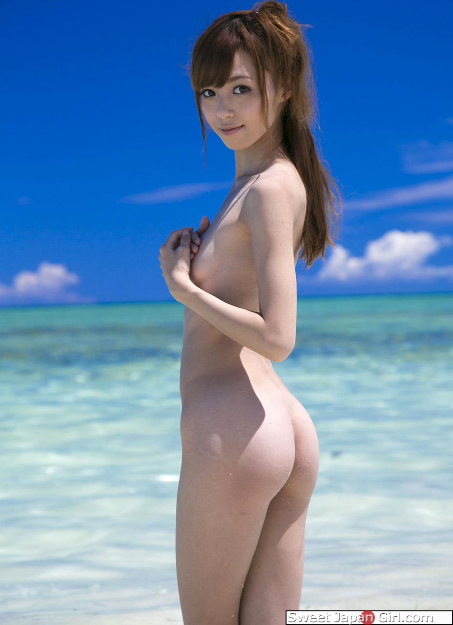 Aino kishi at the beach