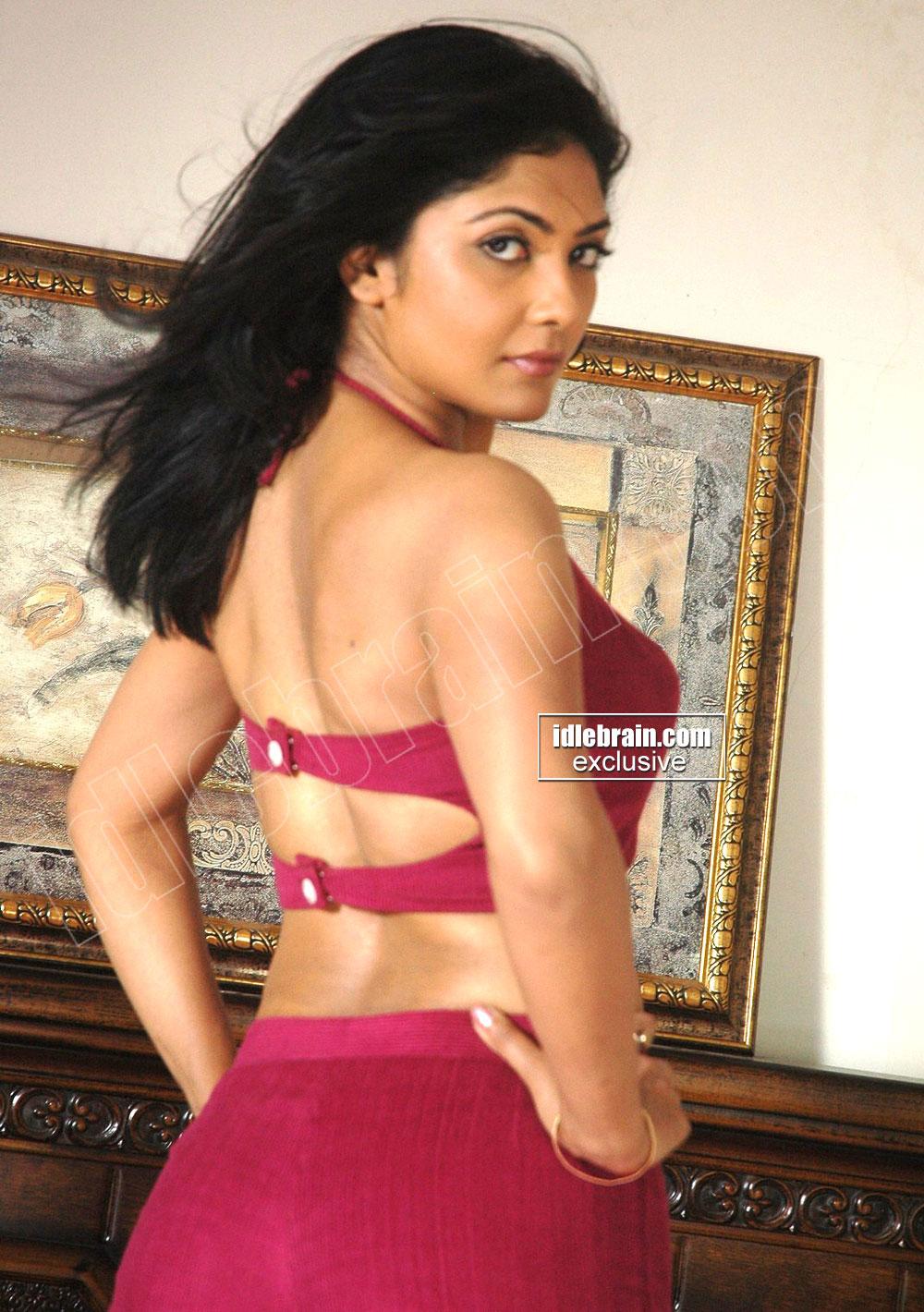 Kamalini mukherjee hot sexy