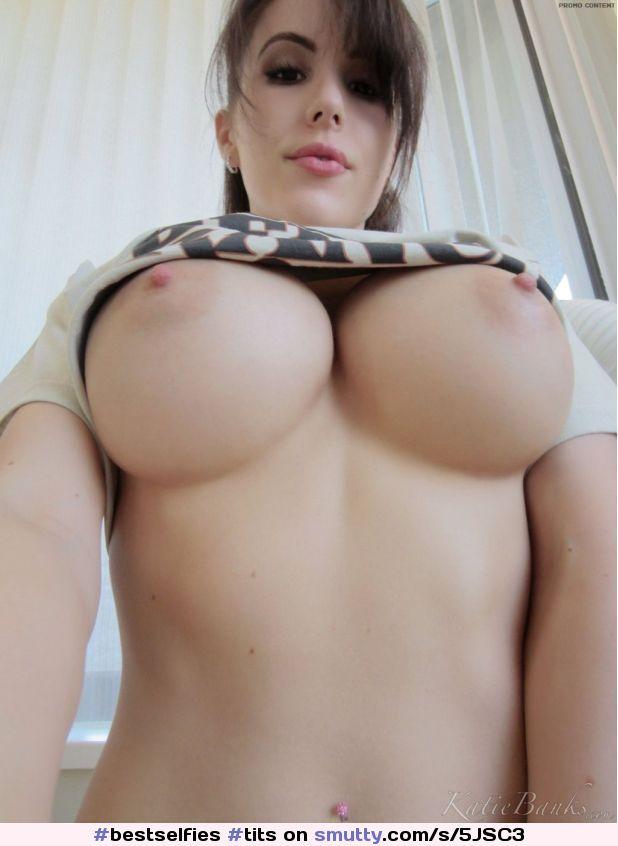 nude Perfect boobs