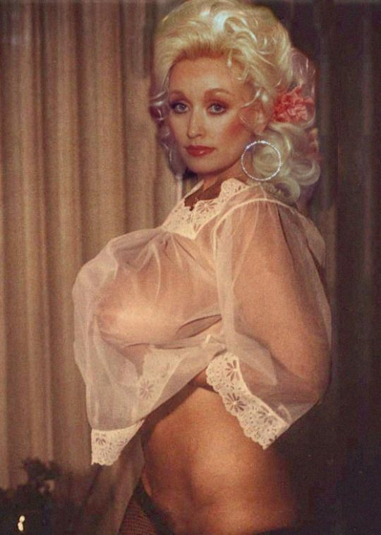 free nude pics of dolly parton