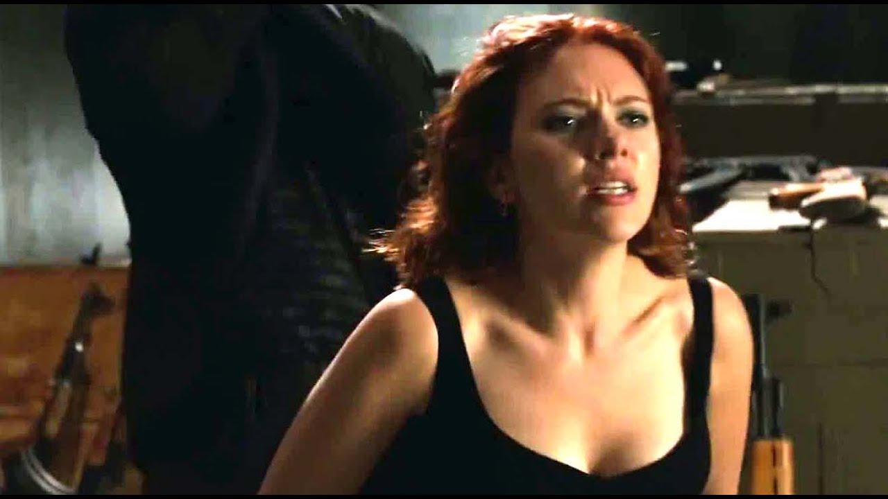 hot Scarlett johansson avengers