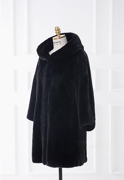 black hood in Hairy women the