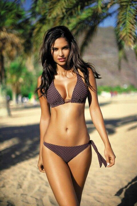 latina Very skinny