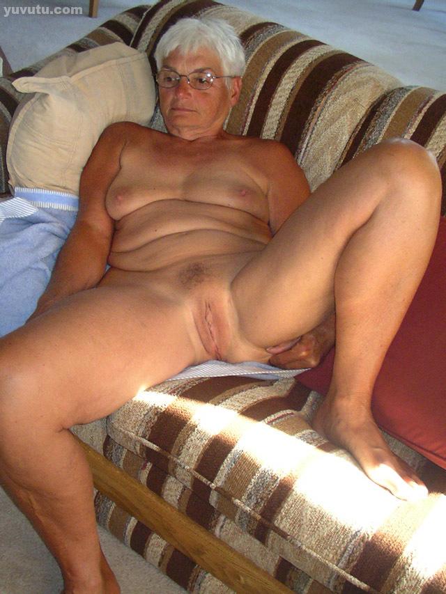 Amateur homemade granny porn