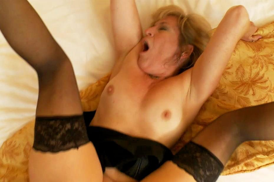 black woman porn mature Free