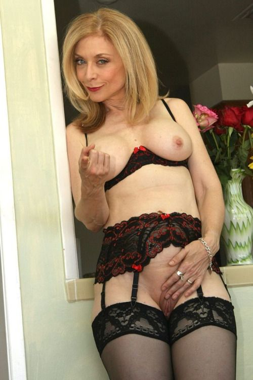 Hot horny milf cougars