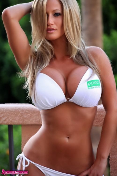 Blonde girls with nice tits