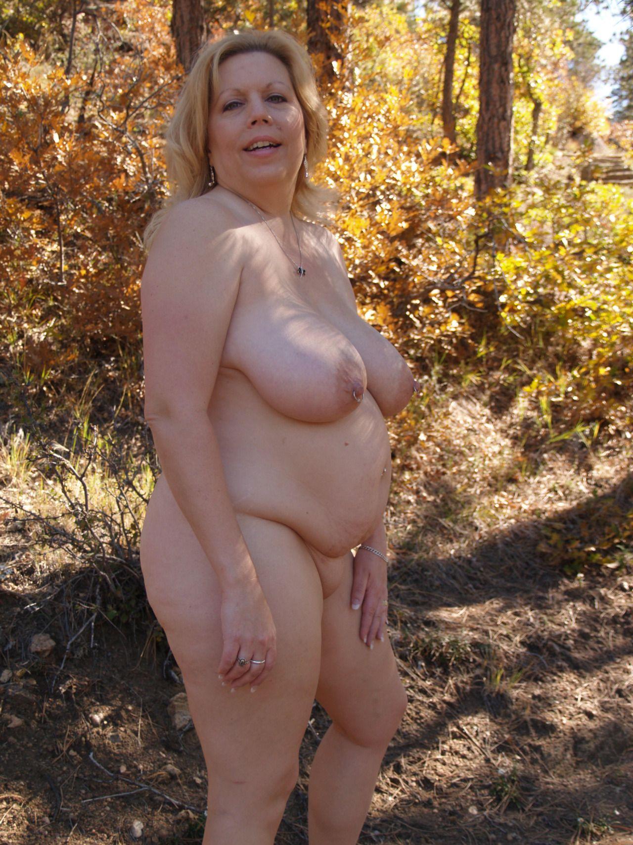 Big mature women nude