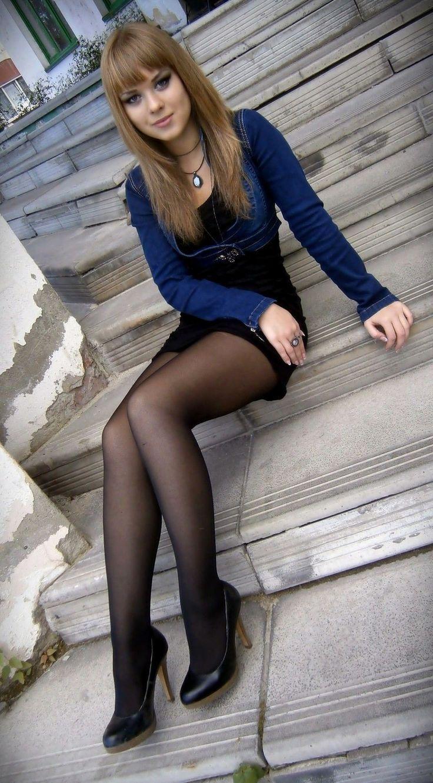 Teen long legs pantyhose