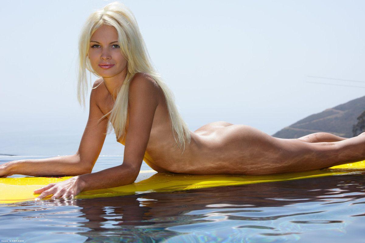 Nude surfer girls xxx