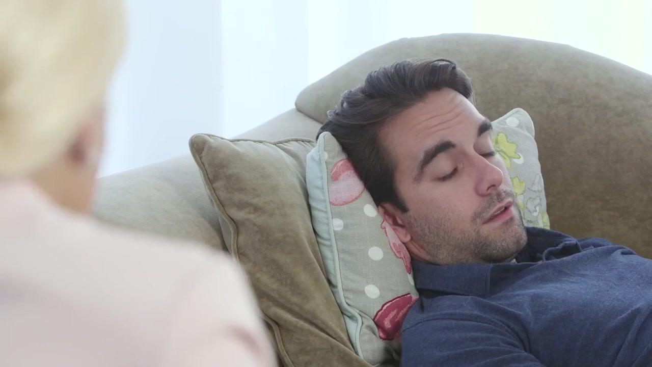 Mature granny lesbians kissing